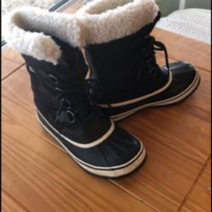 Sorel Winter Carnival boots Sz 7